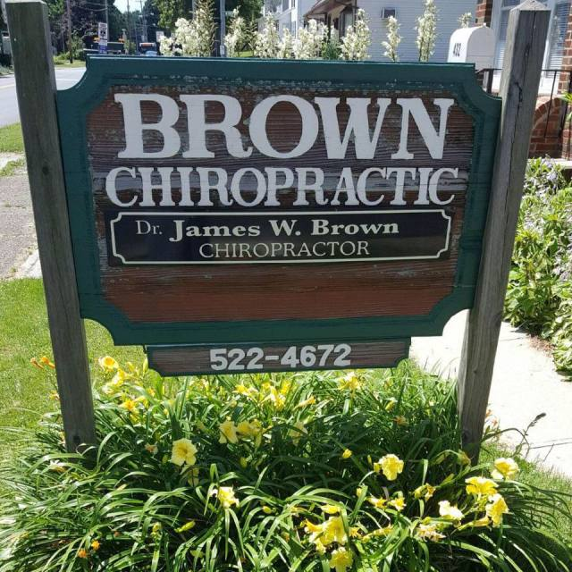 Sign for Brown Chiropractic